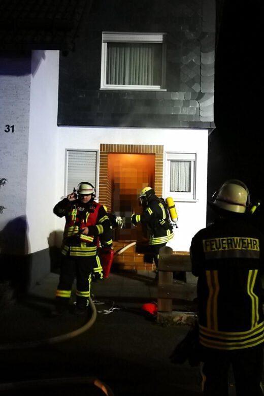Feuer mit Menschenleben in Gefahr - Freiwillige Feuerwehr Wenden