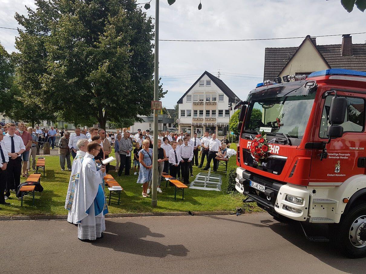Neues Feuerwehrfahrzeug für die Einheit Hünsborn übergeben